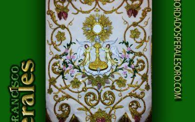 Estandarte bordado de Corpus Christi