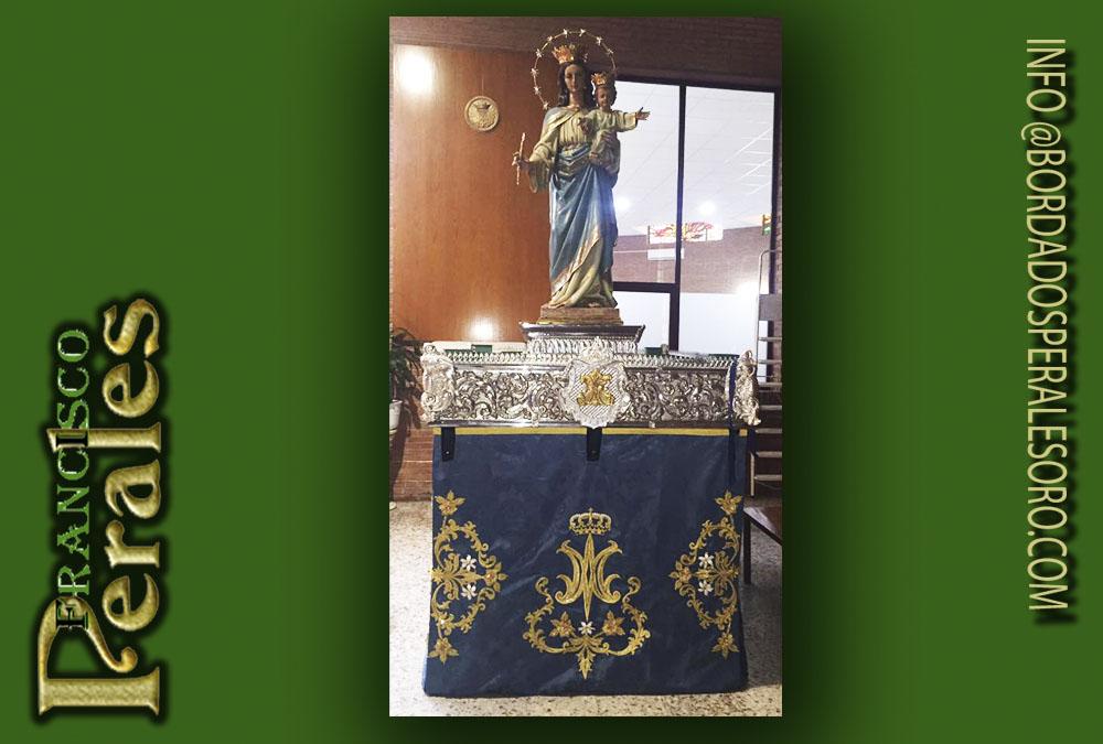 Faldones bordado María Auxiliadora