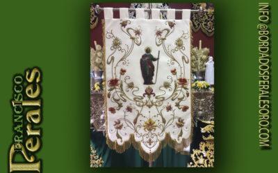 Restauración, limpieza y pasado de piezas de bordado