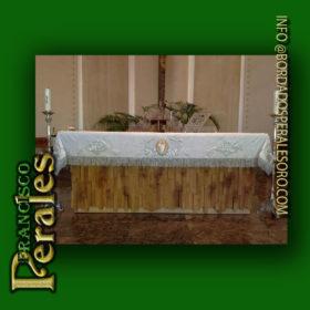 Paño de altar bordado en hilo de plata