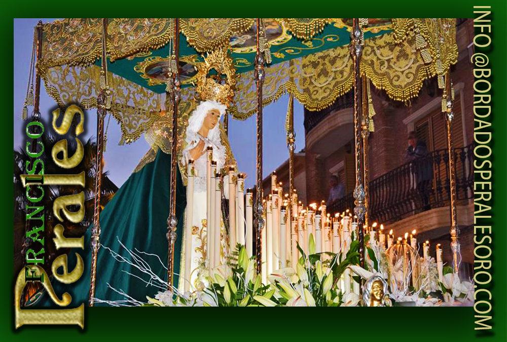 Palio de malla de oro bordado para la Hermandad de la Oración en el Huerto y Nuestra Señora de la Esperanza de Alboraya en Valencia.
