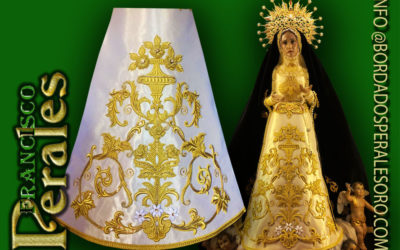 Saya bordada sobre tisú de oro para la Hermandad Virgen de la Soledad de Azuqueca de Henares.