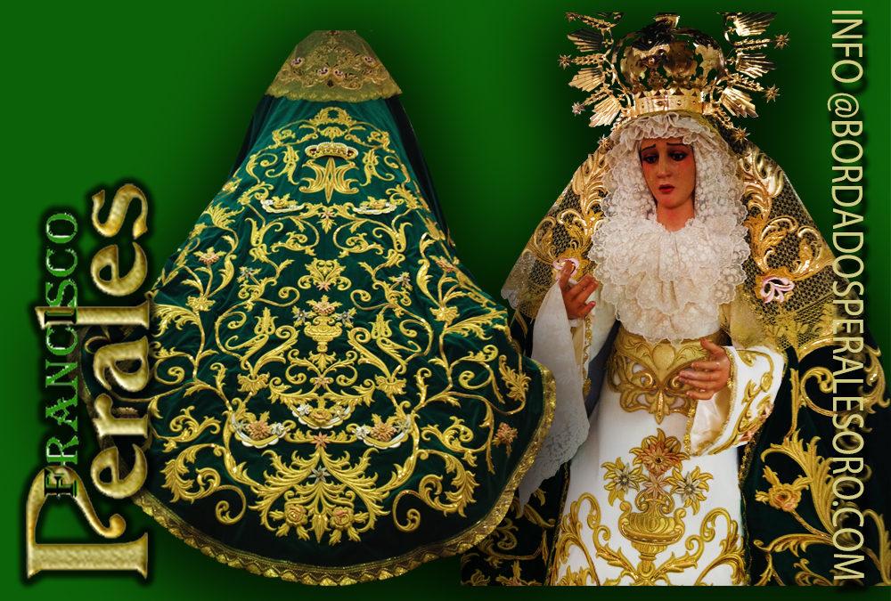 Manto bordado para la Virgen de la Esperanza de la Hermandad del Silencio de Argamasilla de Calatrava.