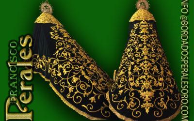 Manto bordado para Nuestra Señora de la Esperanza de la provincia de Alicante.