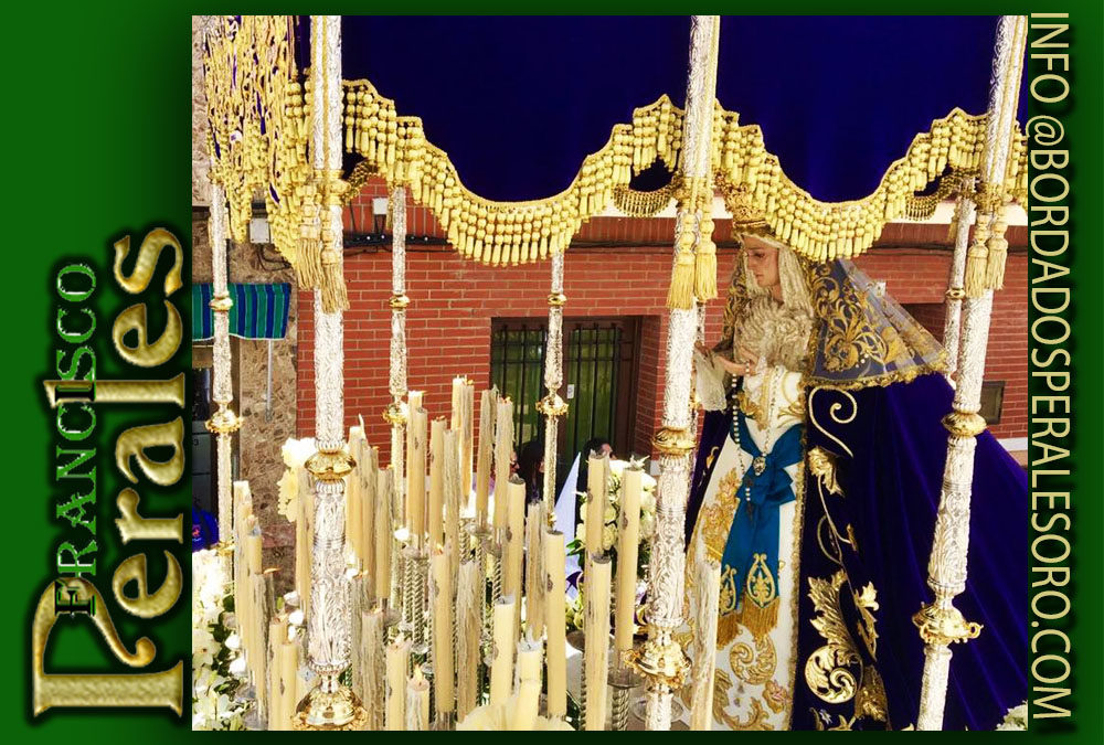 Manto bordado para la Virgen de la Amargura de la Hermandad de Jesús Nazareno de Herencia.