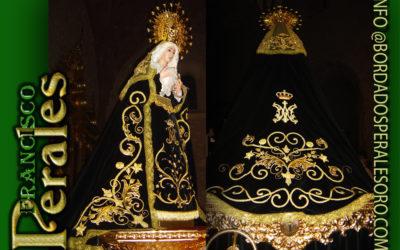 Manto bordado para la Hermandad de Ntra. Sra. De los Dolores de Membrilla en Ciudad Real.