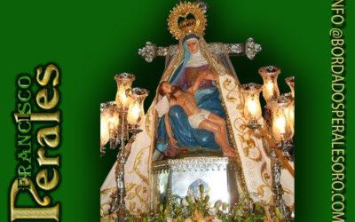 Manto bordado para Nuestra Señora de las Angustias, patrona de Navalmoral de la Mata en Cáceres.