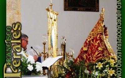 Manto bordado para Nuestra Señora de la Monjía Patrona de Novés en Toledo.
