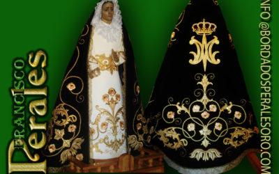 Manto bordado para la Hermandad de Nuestra Señora de la Soledad de Valdepeñas de la Sierra.