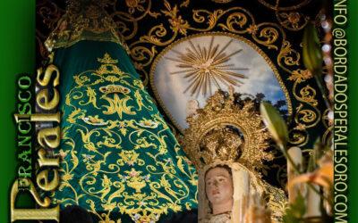 Manto bordado para Santísima Virgen de la Esperanza de la Cofradía del Santísimo Cristo del Perdón y de los Afligidos de Vélez-Rubio en Almería.