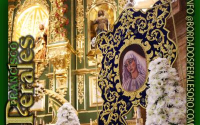Simpecado bordado para Nuestra Señora de la Amargura de Marbella.