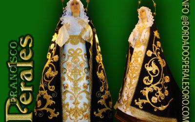 Manto bordado para Nuestra Señora de la Soledad.