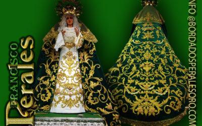 Manto bordado realizado para la Hermandad de Nuestra Señora de la Esperanza de Socuellamos en Ciudad Real.
