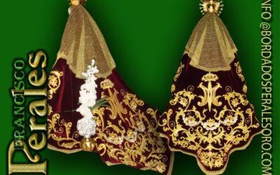 Manto bordado para Nuestra Señora Del Consuelo Patrona de Zarzalejo en Madrid.