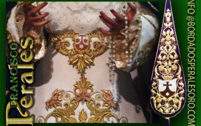 Bacalao Bordado con escudo de la Orden de los Carmelitas Descalzos de Baeza.